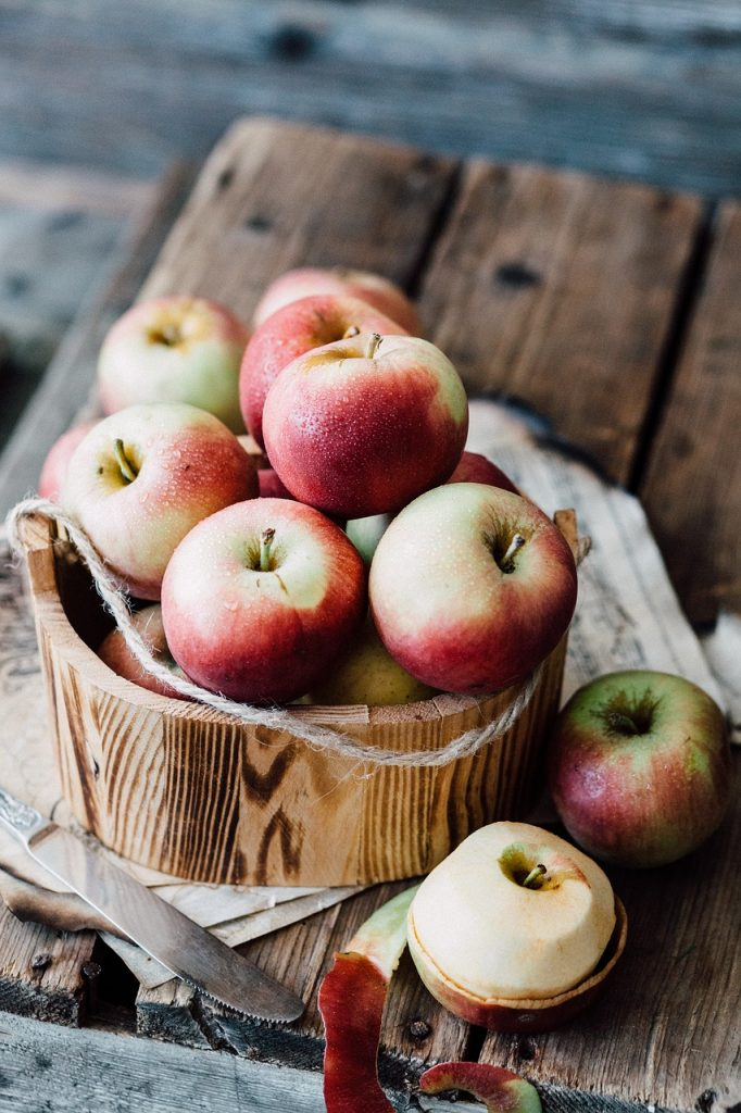 Apples are a great fruit option for long storage. They make an excellent addition to an emergency food plan.